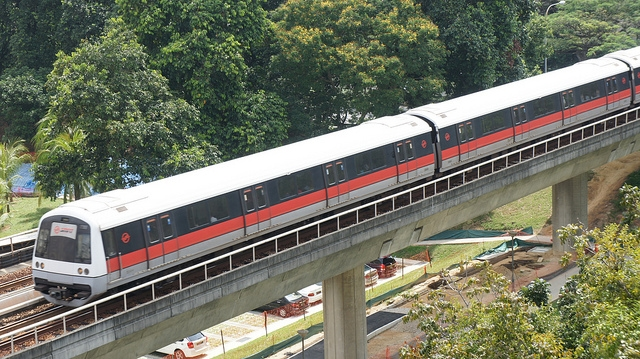 シンガポールの電車(MRT)